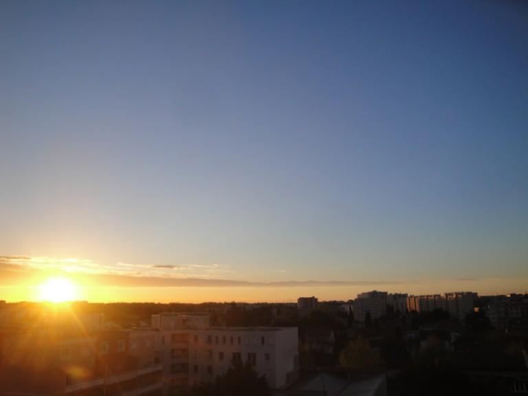 Lever de soleil sur Montpellier le 8 avril 2016