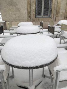 Il neige place des Beaux-Arts à Montpellier - 28 février 2018